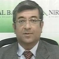 Hemindra Hazari, Independent Market Expert